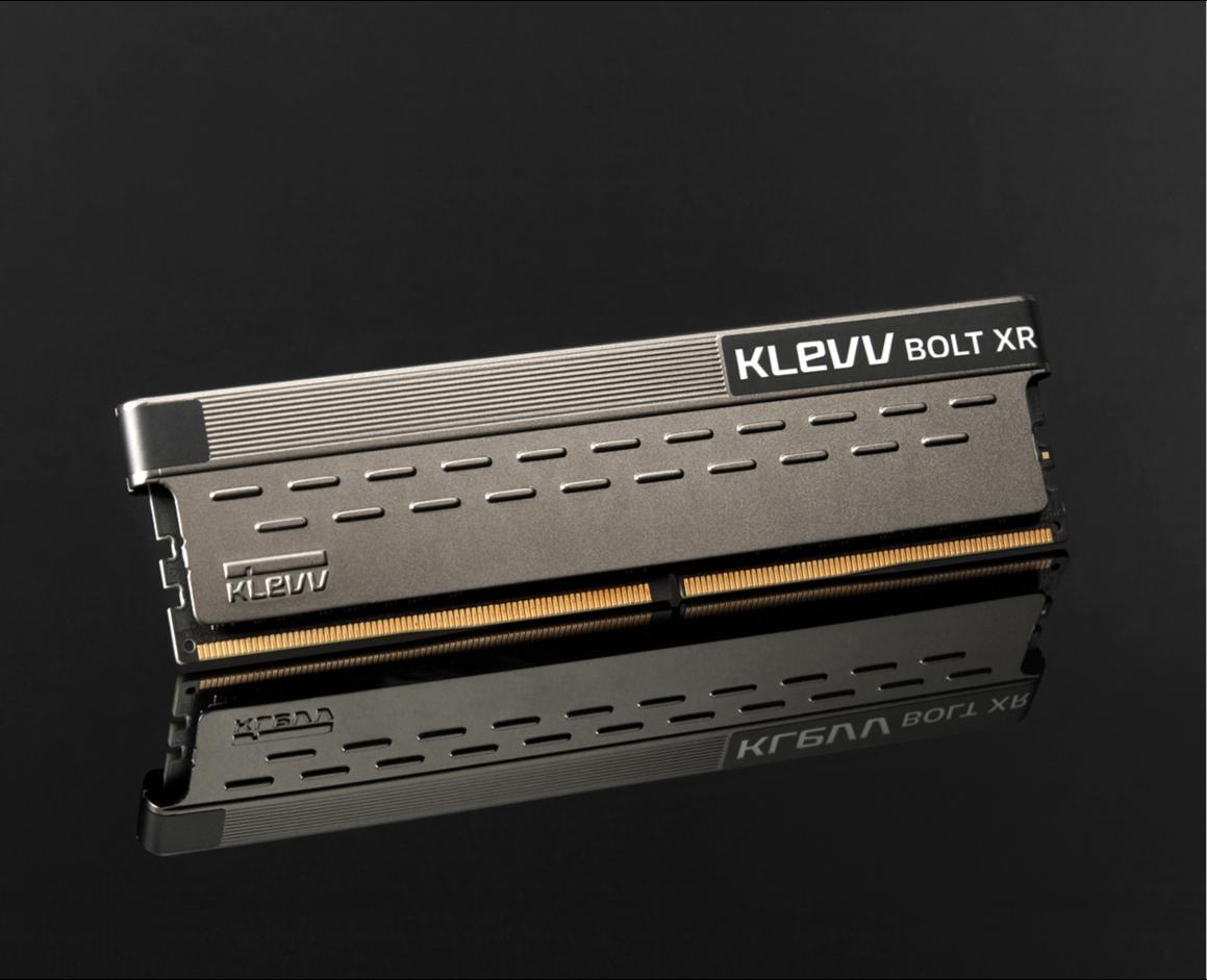 Klevv Bolt XR 16GB DDR4 U-DIMM 3600Mhz OC/Gaming memory 14