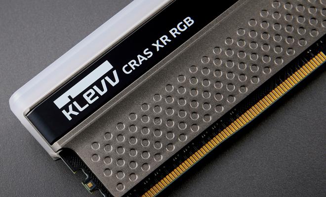 Klevv Cras XR 16GB DDR4 U-DIMM 4000Mhz OC/Gaming memory 15